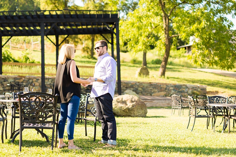 Bluemont Vineyard Proposal Engagement Photography_0002