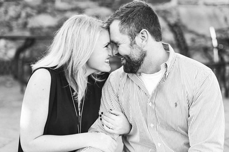 Bluemont Vineyard Proposal Engagement Photography_0013