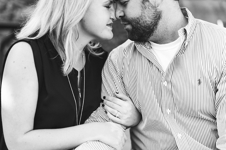 Bluemont Vineyard Proposal Engagement Photography_0015
