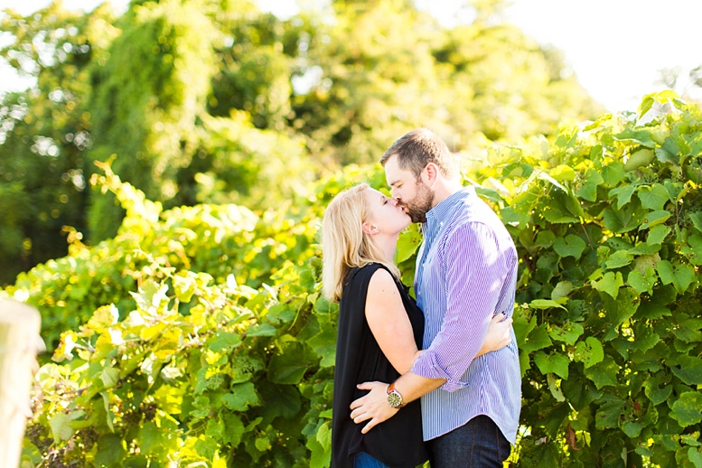 Bluemont Vineyard Proposal Engagement Photography_0023