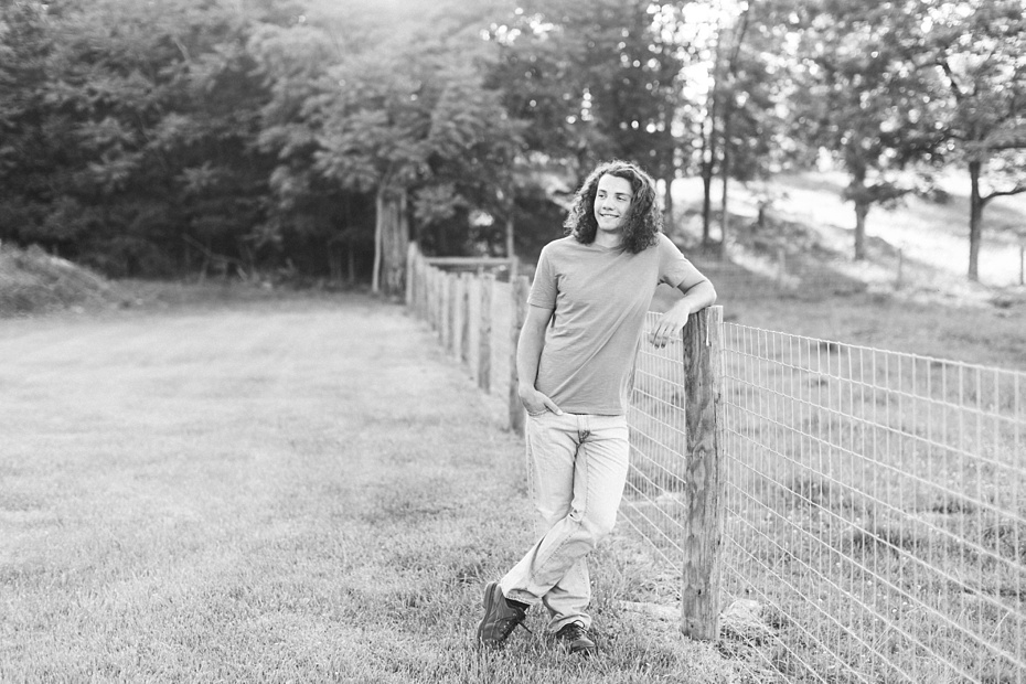 Evan Leichty 2017 Senior Rustic Barn Session_0019