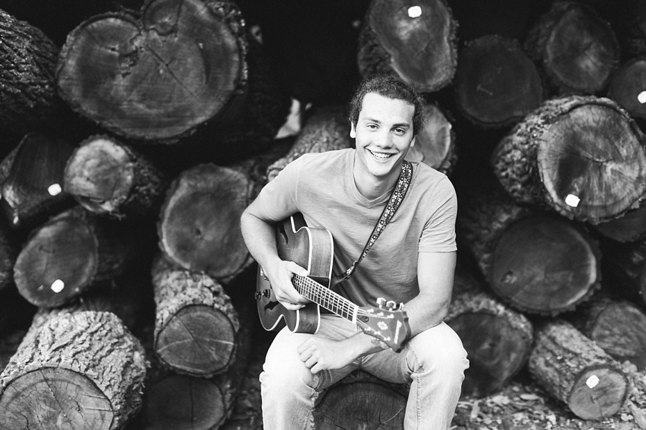 Evan Leichty 2017 Senior Rustic Barn Session_0041