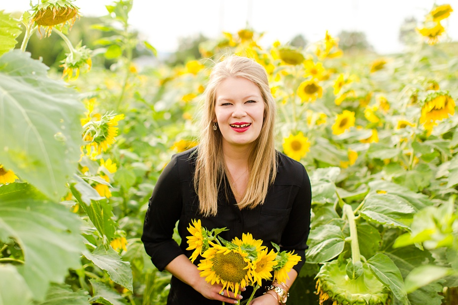 Joelle's 6th Grade Portraits in Sunflower Field and Fort Harrison in Dayton, Virginia_0024