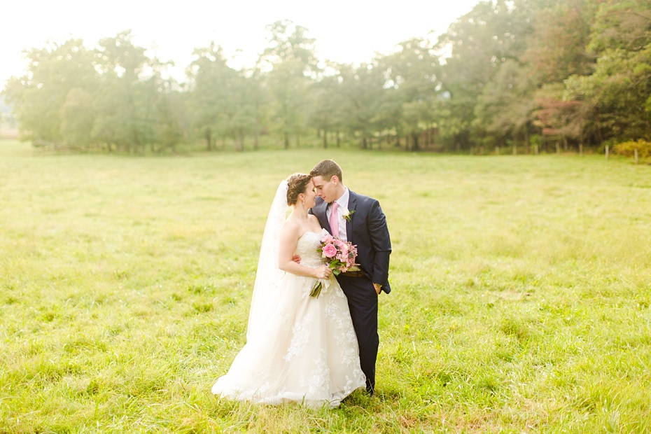nick-de-maggio-and-claire-mcnabb-rustic-mountain-wedding-at-shenandoah-woods-in-luray-virginia_0052