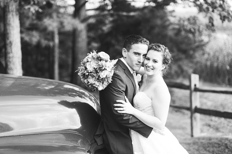nick-de-maggio-and-claire-mcnabb-rustic-mountain-wedding-at-shenandoah-woods-in-luray-virginia_0069