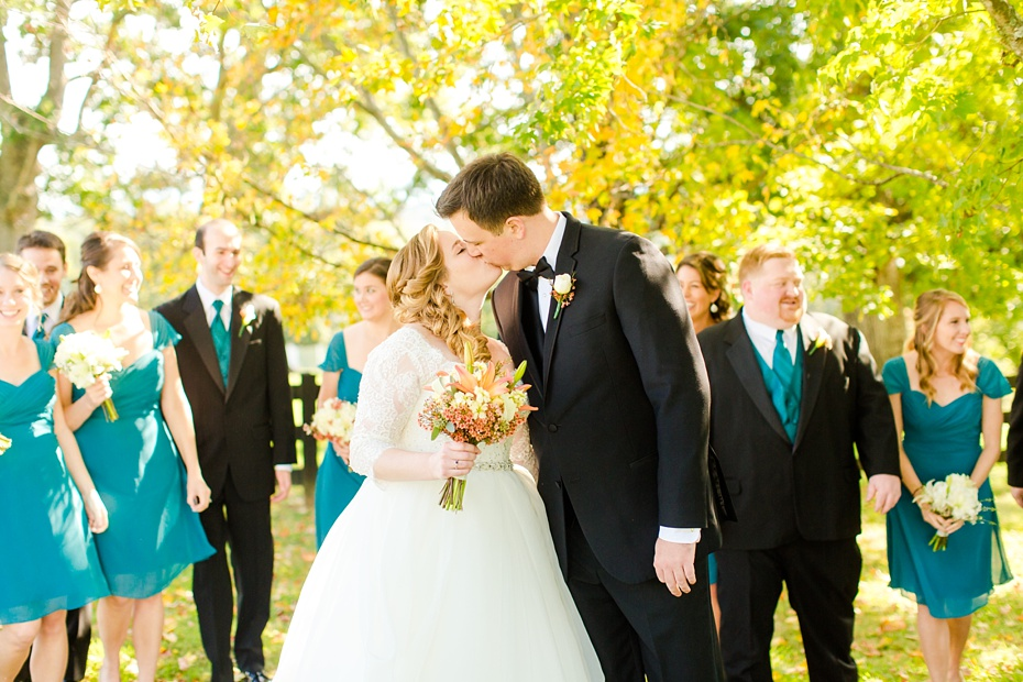 teal-champange-fall-wedding-at-gaie-lea-and-the-pavilion-at-bells-lane-in-staunton-virginia_0046