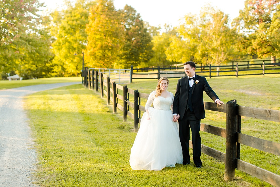 teal-champange-fall-wedding-at-gaie-lea-and-the-pavilion-at-bells-lane-in-staunton-virginia_0083