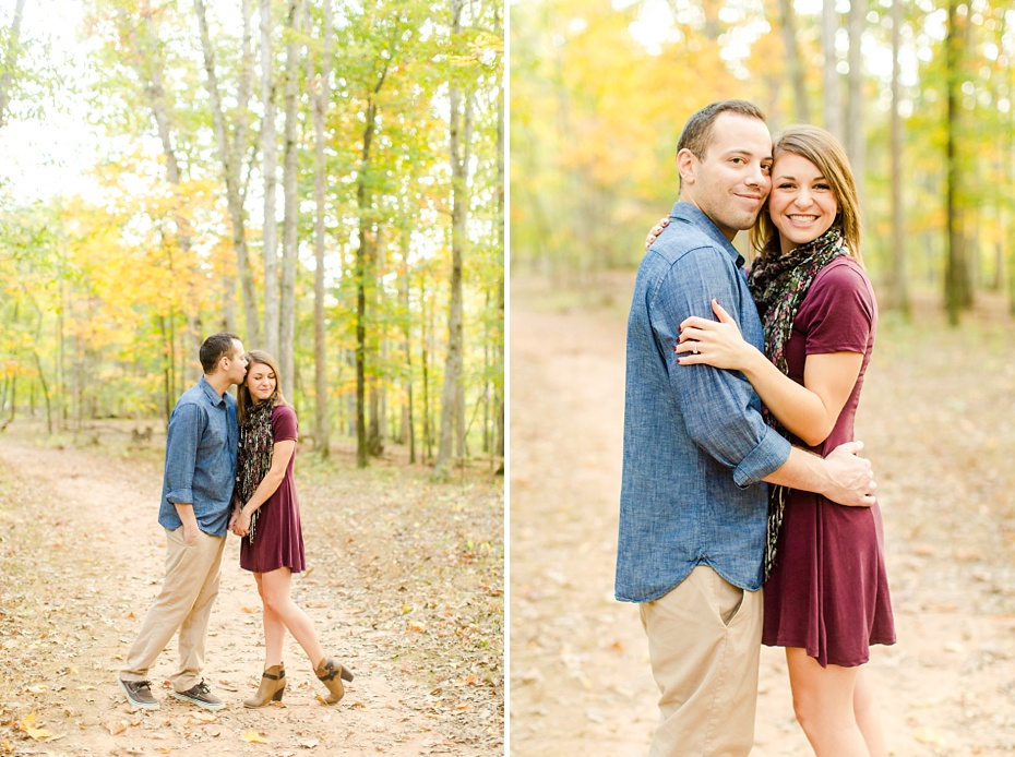 justin-heather-fall-engagment-session-at-red-rocks-wilderness-overlook-park-in-leesburg-virginia_0002