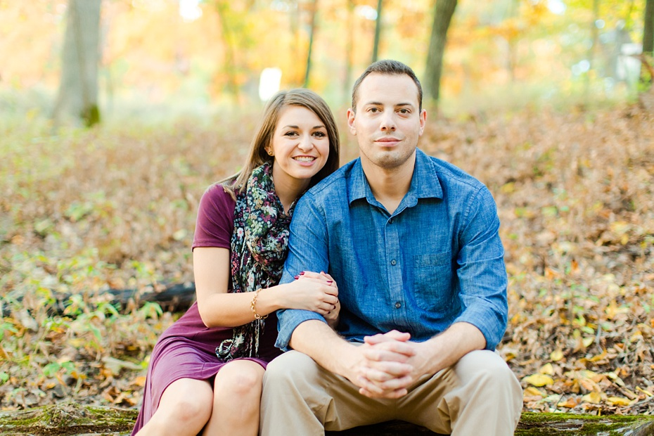 justin-heather-fall-engagment-session-at-red-rocks-wilderness-overlook-park-in-leesburg-virginia_0023