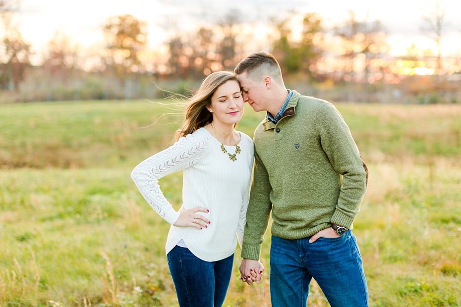 airport-engagement-session-air-force-engagement-session-at-shenandoah-valley-regional-airport-in-weyers-cave-virginia-emily-sacra-photography_0036
