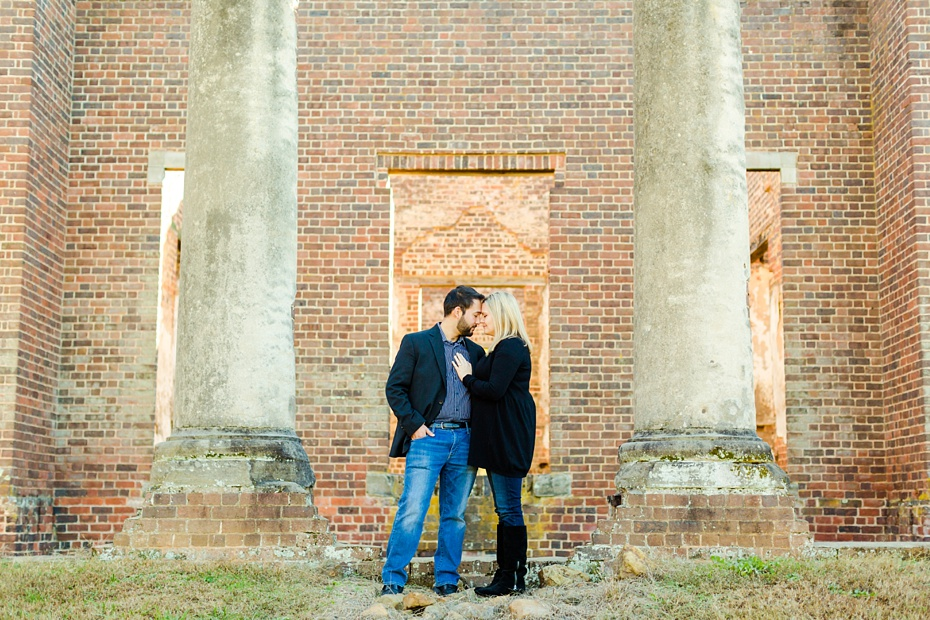barboursville-ruins-and-barboursville-vineyard-proposal-emily-sacra-photography-ahmad-lauren_0011