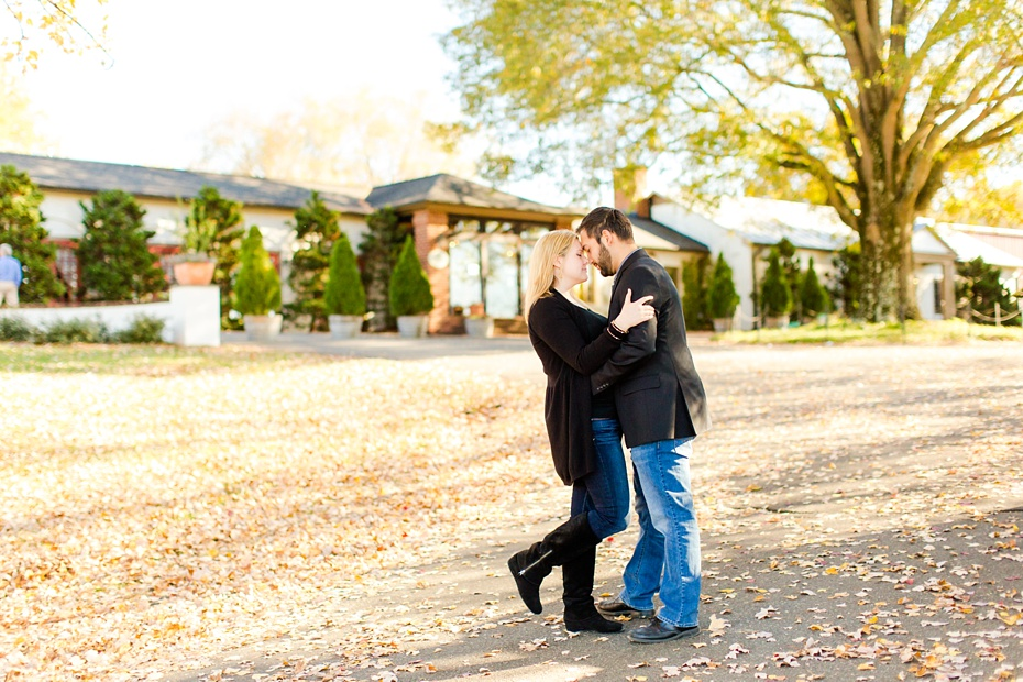 barboursville-ruins-and-barboursville-vineyard-proposal-emily-sacra-photography-ahmad-lauren_0017