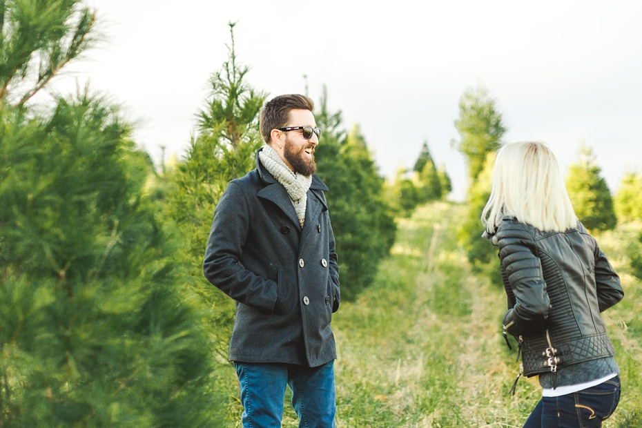 christmas-tree-farm-photo-session-virginia-wedding-and-engagement-photographer_0001