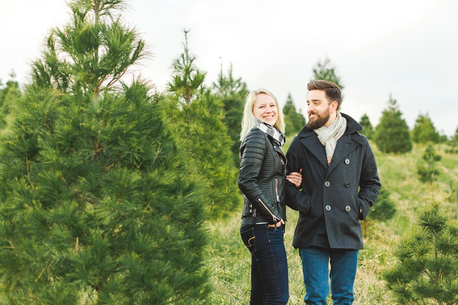 christmas-tree-farm-photo-session-virginia-wedding-and-engagement-photographer_0011