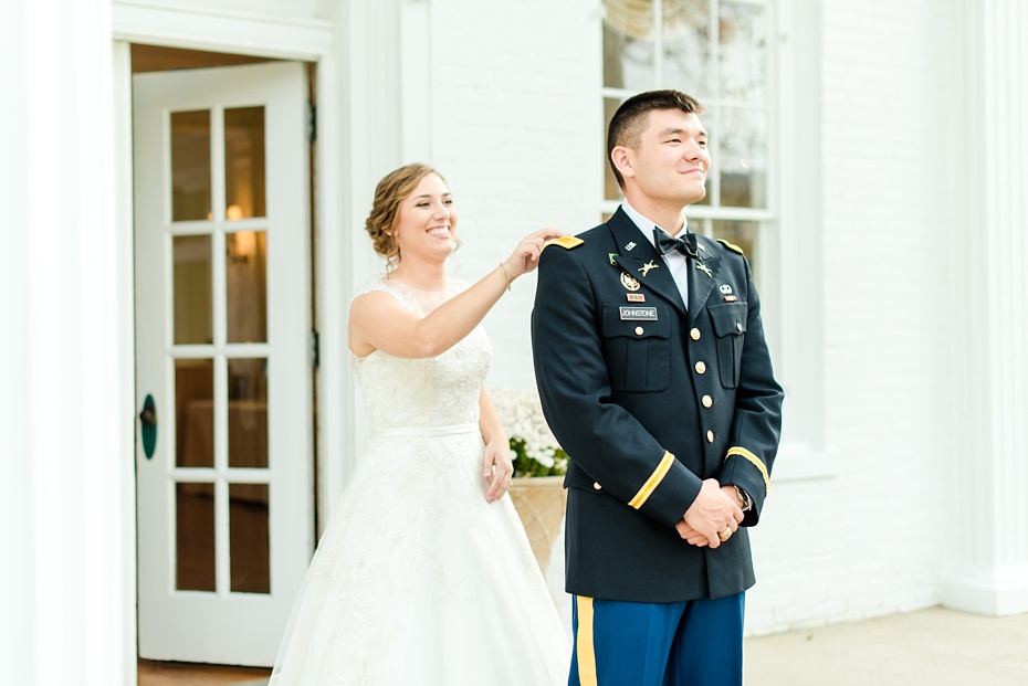 joshua-taylor-military-wedding-at-whitehall-manor-in-bluemont-virginia-emily-sacra-photography-virginia-and-destination-wedding-photographer_0021