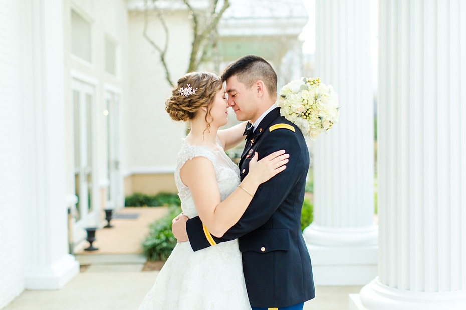 joshua-taylor-military-wedding-at-whitehall-manor-in-bluemont-virginia-emily-sacra-photography-virginia-and-destination-wedding-photographer_0031