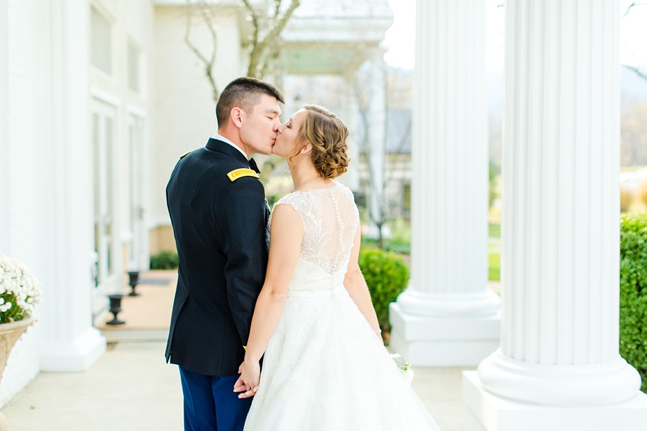 joshua-taylor-military-wedding-at-whitehall-manor-in-bluemont-virginia-emily-sacra-photography-virginia-and-destination-wedding-photographer_0038