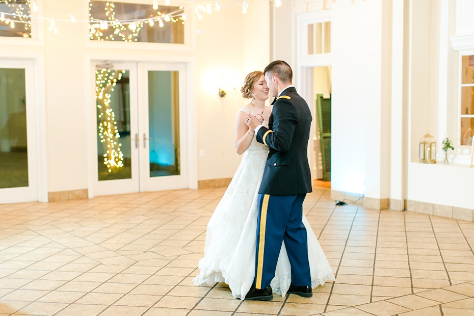 joshua-taylor-military-wedding-at-whitehall-manor-in-bluemont-virginia-emily-sacra-photography-virginia-and-destination-wedding-photographer_0098