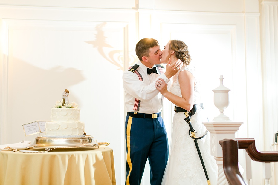 joshua-taylor-military-wedding-at-whitehall-manor-in-bluemont-virginia-emily-sacra-photography-virginia-and-destination-wedding-photographer_0104